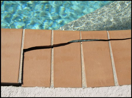 piscina-grieta